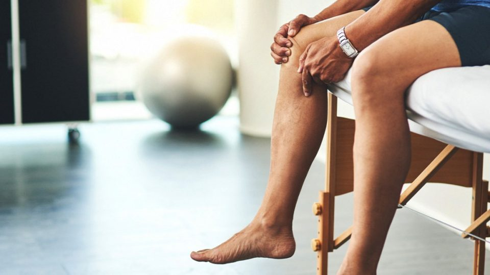 Causes of Knee Pain and How to Combat it